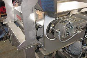 03-Trauben-Maschine.jpg