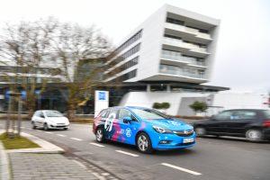 ZF_Friedrichshafen_AG,_Autonomes_Fahren,_Systemarchitektur_Level_4_Versuchsträger