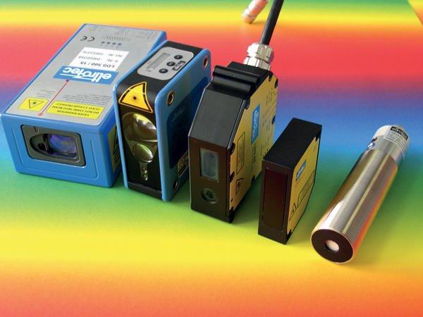 Laser Entfernungsmesser Triangulation : Laser weg sensoren für die montagetechnik kem