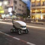 Autonomes_Roboterfahrzeug_im_Straßenverkehr