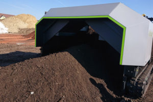 Arbeitsmaschine-elektro-Kompostwender-tu graz