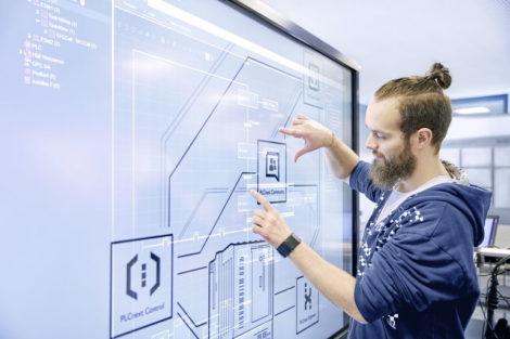 PLCnext-Plattform phoenix contact SPS-Programmierung Steuerungstechnik