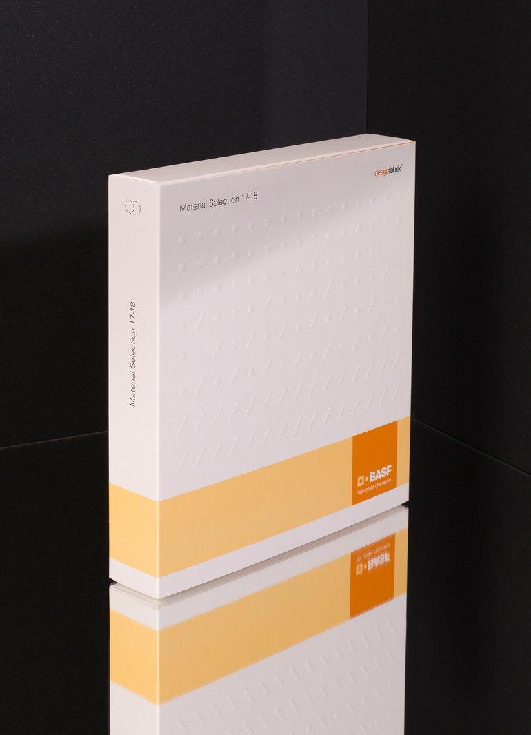 Das_zweite_Material-Trendbuch_von_BASF_bietet_eine_globale_Perspektive_auf_Trends_und_Materialien_zugleich._Darin_vorgestellt_werden_innovative_Kunststoff-lösungen,_mit_denen_Kunden_diesen_Trends_begegnen_können._Das_Trendbuch_wurde_erstmals_gemeinsam_von