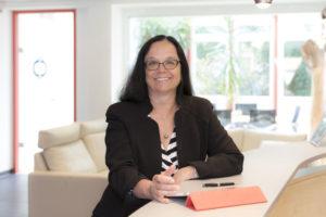 Bettina_Schall,_‧Geschäftsführerin_‧P.‧E.‧Schall_GmbH_&_Co._KG,_Frickenhausen