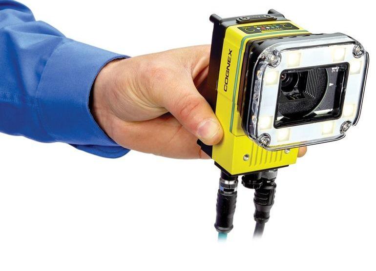 Die_Smart-Kamera_In-Sight_D900_von_Cognex_vereint_eine_Vielzahl_von_Funktionen_in_einem_kompakten_Format
