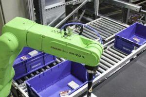 Roboterarm für die automatische Kommissionierung