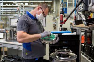 ebm-papst_Mulfingen_GmbH_&_Co._KG,_Bilder_aus_der__Produktion_am_03._Mai,_2021