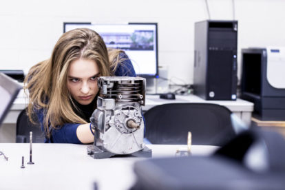 Symbolbild_zum_Engineering-Service_Expert_Teardown