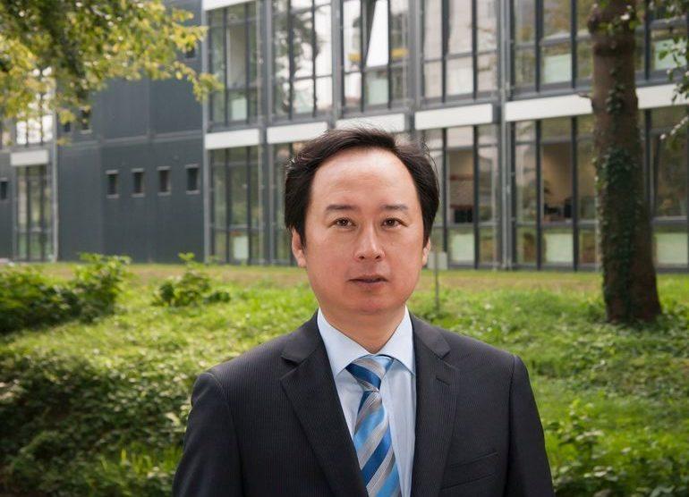 Feng_Jiao-Sick-Vorstand