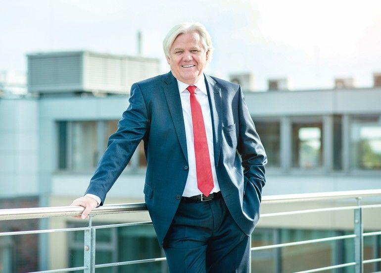 Hans_Beckhoff,_Geschäftsführender_Inhaber_der_Beckhoff_Automation_GmbH_&_Co._KG