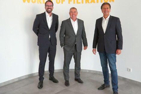 (v.l._n.r.)_Christopher_Heine,_CEO,_Peter_Wink,_Group_Vice_President_Industrial_Filtration,_und_Volker_Plücker,_Beirat,_Hengst_SE