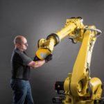 Die_Delta-Bürste_lässt_sich_in_elektrische_Handwerkzeuge_sowie_in_vollautomatisierte_Bearbeitungsanlagen_oder_Robotersysteme_einspannen