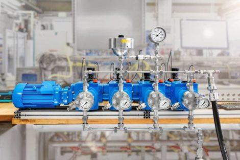 Lewa_M900-Pumpenkopf.jpg