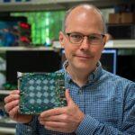 Neuromorphic_Computing-Rich-Uhlig-Intel_Labs-Loihi