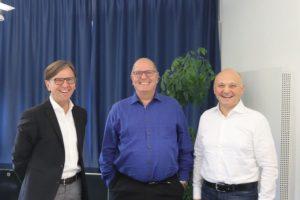 Wechsel_in_der_Procad-Geschäftsführung:_Gerhard_Knoch,_Volker_Wawer_und_Johann_Dornbach