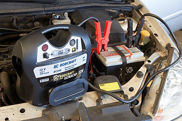 RC1703_01_Rodcraft_Booster_an_Batterie.jpg