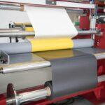 Schallenkammer: Beschichten mit Polymerfolien und Selbstklebe-Coatings