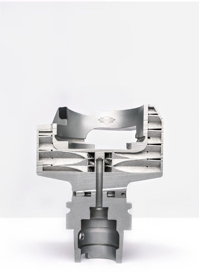 Selektives_Laserschmelzen-Glockenwerkzeug.jpg