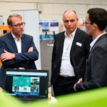 5G_CMM_EXPO_-_Plattform_for_connected_machines,_vehicles,__devices,_5G_live_demonstrations._Frederik_Witte,_(r-l),_EXA_Computing_GmbH,_Marcus_Eibach,_Project_Director_5G,_Deutsche_Messe_AG,_Stefan_Muhle,_Staatssekretär,_Niedersächsische_Ministerium_für_Wi