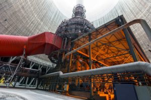 Thermal_power_plant_with_large_chimney