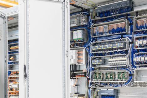 DIN EN 61439 niederspannungsschaltanlagen aufbau rittal weidmüller zvei