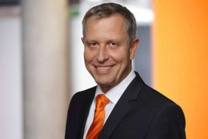 Wilfried Eberhardt Kuka vdma automation