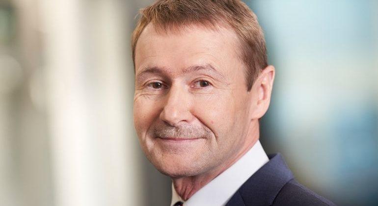 Klaus_Helmrich,_Mitglied_des_Vorstands_der_Siemens_AG_und_CEO_Digital_Industries
