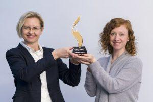 HR_Excellence_Awards_2017_Gewinnerinnen_bei_Lapp_Kabel_in_Stuttgart_am_16.1.2018:_Isabelle_Weidle_blond,_Iris_Heydemann,_rote_Locken
